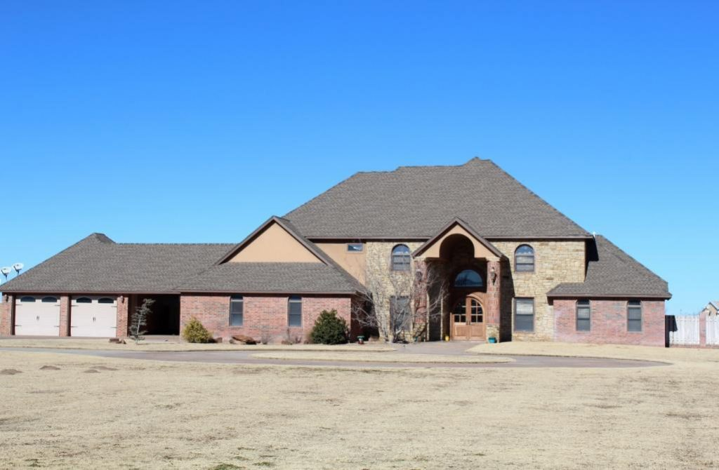 Upcoming Real Estate Auction: High End Executive Home In Woodward, Oklahoma  For Sale