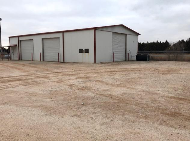 Commerical or Industrial Building For Sale in Mooreland, OK | Smith & Co  Auction and Realty, Inc.